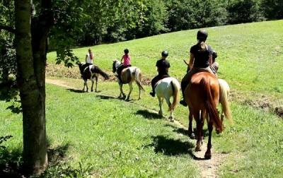 Balade à cheval © CDT