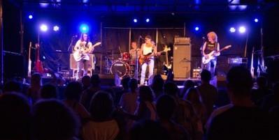 Concert avec Money Makers au Café de la Presqu'île à Ambialet