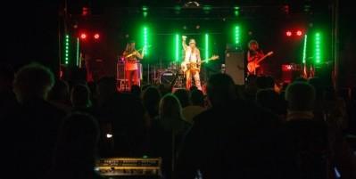 Concert avec Alexis Evans trio au Café de la Presqu'île à Ambialet