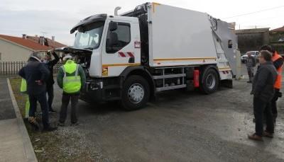 Un nouveau camion de collecte pour la CCMAV