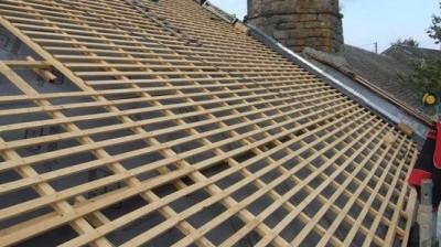 Rénovation de la toiture au séminaire de Massals - 2010
